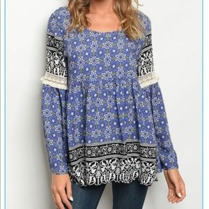 Tops - 💥💥NEW Gorgeous Blue/Black Peasant Top